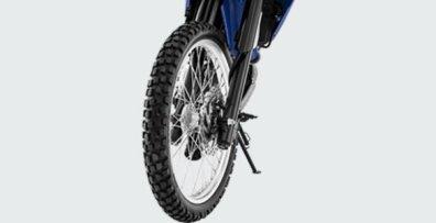 wr155r_tire and alumunium rims_ massayur_zonamotor1304815628477496750..jpg