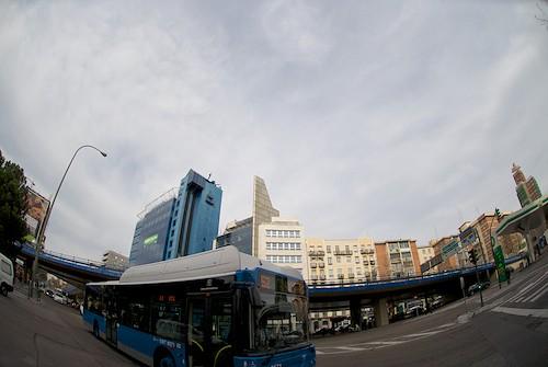 d1eb50fb2 Los padres y madres de bebés gemelos ya pueden subir al bus | Zona ...