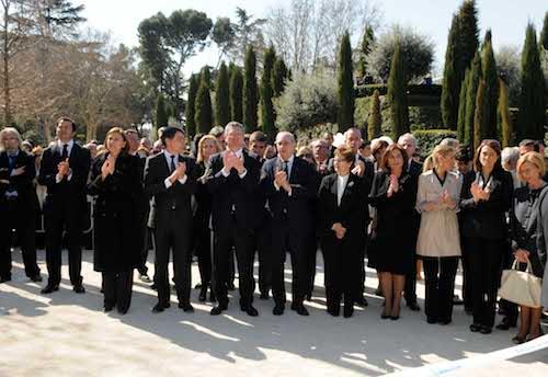 Políticos en el Bosque del Recuerdo, este martes - Ayto