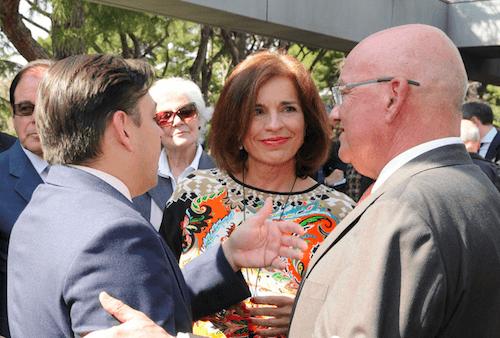 Botella, en los Jardines de Cecilio Rodríguez con los comerciantes - Ayto