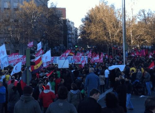 Los últimos manifestantes, saliendo de Atocha - TW @VenaMareaVerde