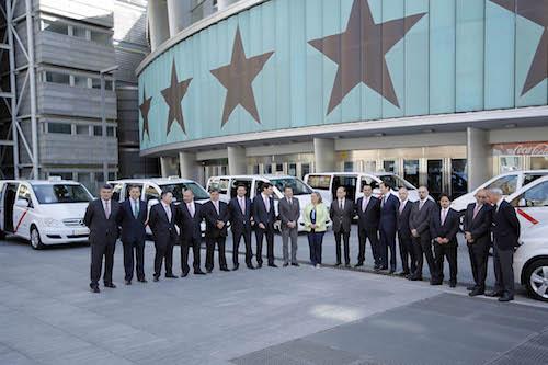 Presentación de los taxis de ocho plazas - CAM