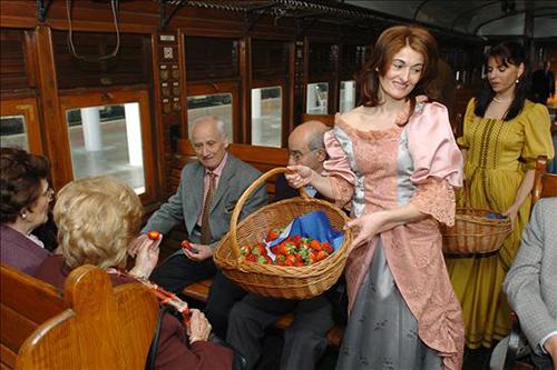 Tren de la fresa pasajeros-1