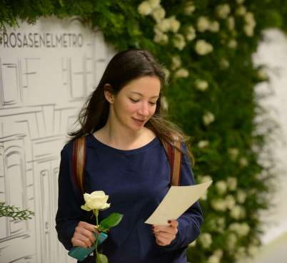 Rosas en el metro 3