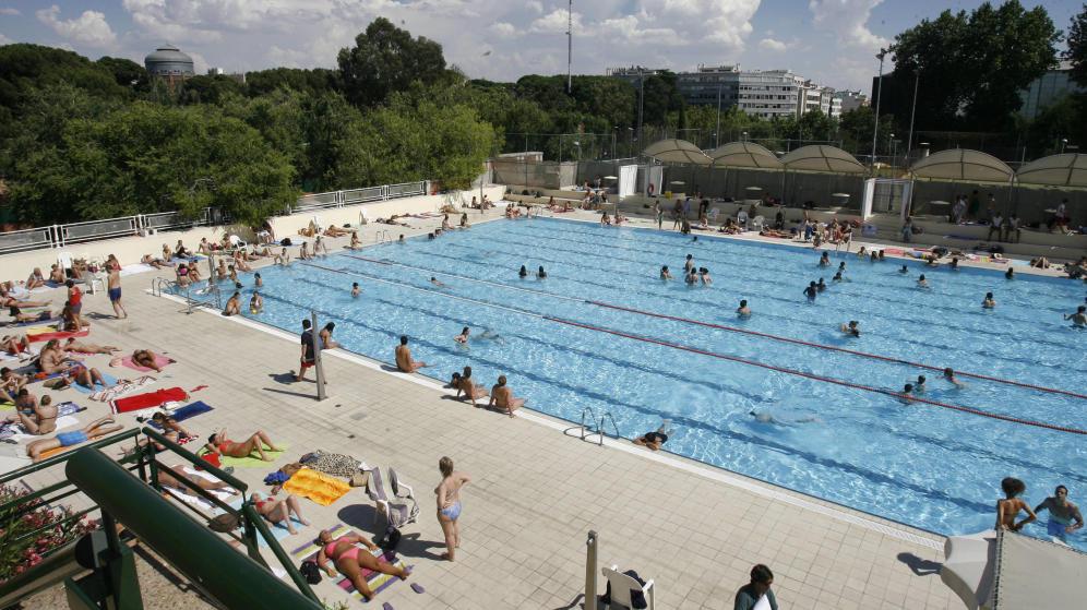 Zona retiro temporada de piscinas 2017 del 13 de mayo al for Piscina de canal