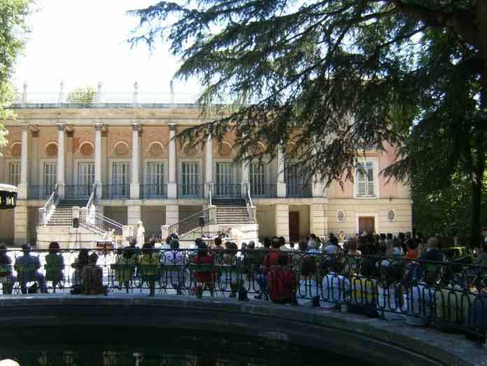 Zona retiro concierto gratuito de m sica barroca en el for Jardin historico el capricho paseo alameda de osuna 25