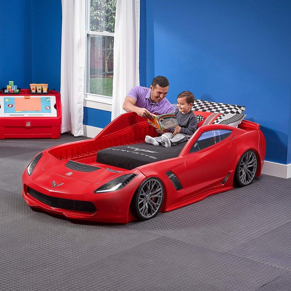enfants avec le meilleur lit voiture