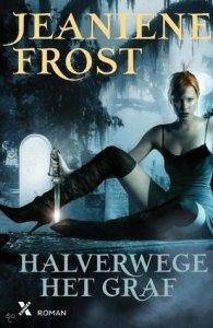 Halverwege het graf (nachtjagers #1) – Jeaniene Frost