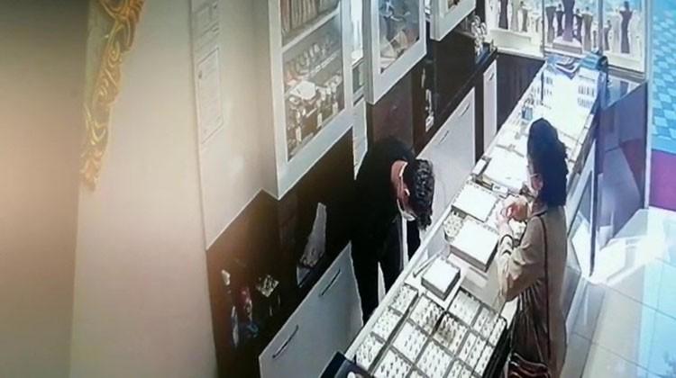 Kuyumcudan tırnakçılık yöntemiyle yüzlük çalan kadın yakalandı