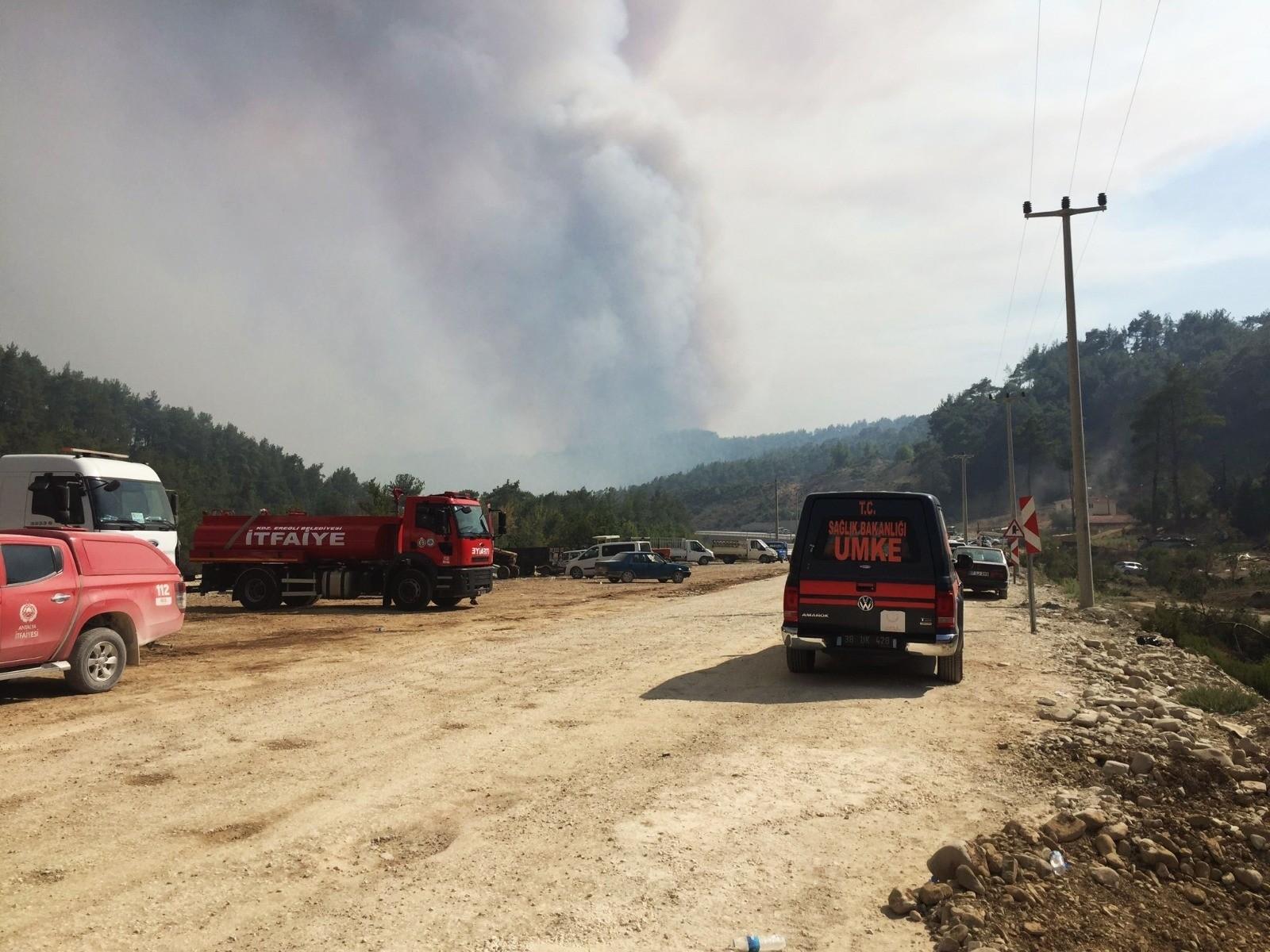 Kdz. Ereğli itfaiye ekibi, Manavgat'ta özveriyle çalışıyor