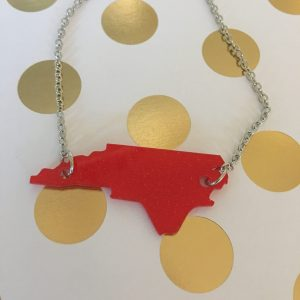 NC red acrylic short necklace