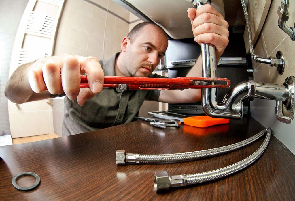 home-inspection-checklist-plumber