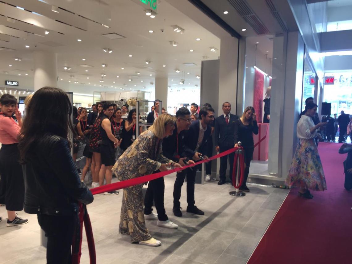 Inauguración_H&M.jpg