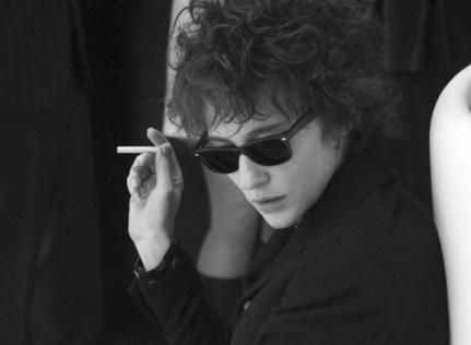 Cate Blanchett como Bob Dylan