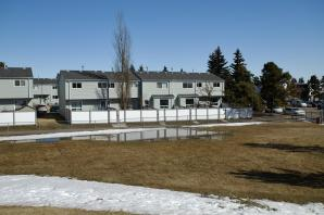 175 Dickinsfield Court listed by Jerry Aulenbach
