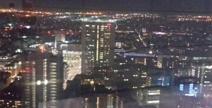 Paesaggio notturno dal belvedere di palazzo Lombardia