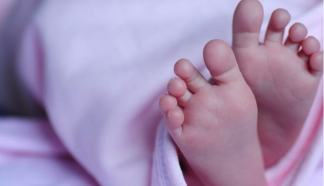 bimba-324x186 Cognome materno ai nuovi nati. Le ultime novità della legge Costume e Società Milano Misteriosa