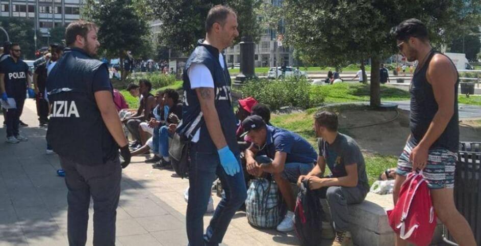 Milano, ancora retata e controlli per gli stranieri in Centrale