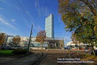 da-lontano-324x216 - Riaprire i Navigli con nuovi grattacieli  - Costume e Società Cultura