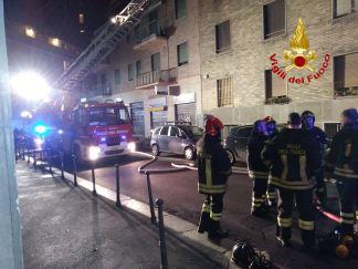 giordano-bruno-324x243 Incendio a Milano in via Giordano Bruno Milano Prima Pagina