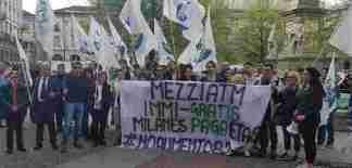 immigratis-324x155 Mezzi Atm Immi-gratis, il nuovo slogan della lega Milanese sui rincari Atm Costume e Società Curiosità