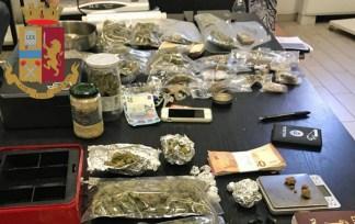 """droga-324x204 Youpol. """"C'è odore di marja"""", e la polizia trova un emporio Cronaca Milano Prima Pagina"""