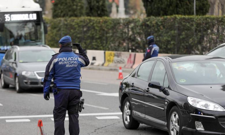 detenido-un-conductor-por-dar-marcha-atras-al-ver-un-control-y-circular-en-direccion-contraria-por-la-a-2