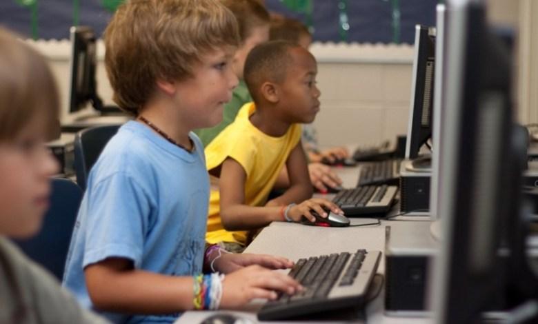 tecnologia-basica-universal:-la-lucha-por-el-acceso-a-internet-como-derecho-humano