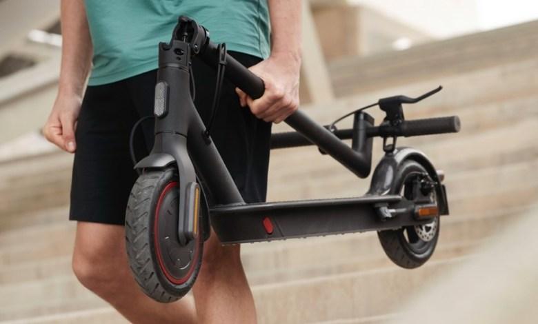 xiaomi-mi-electric-scooter-pro-2:-nuevo-sistema-de-doble-freno-y-mas-luces-para-mejorar-la-seguridad