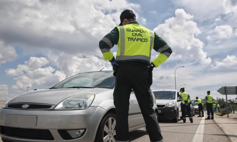 guardias-civiles-denuncian-que-no-se-les-aisle-despues-de-que-les-tosiese-un-conductor-con-covid