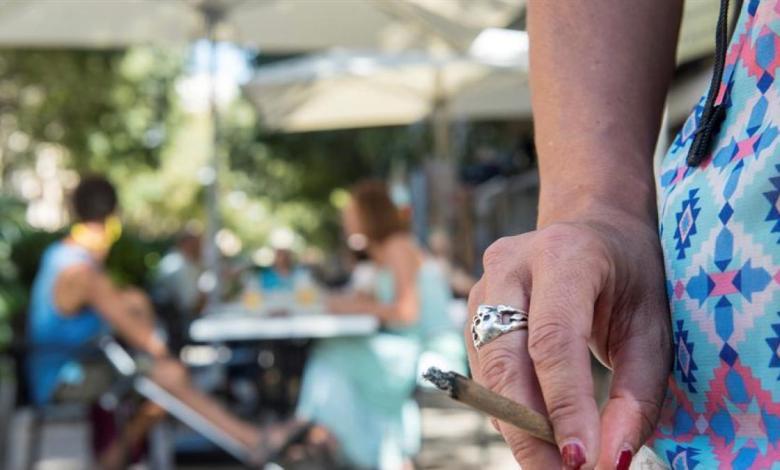 el-tsjm-da-la-razon-a-la-comunidad-de-madrid-y-ratifica-la-prohibicion-de-fumar-en-la-calle-y-el-cierre-del-ocio-nocturno