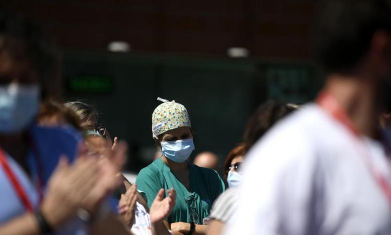mas-de-450-sanitarios-«preocupados»-piden-medidas-y-refuerzos-en-madrid-ante-un-posible-nuevo-colapso