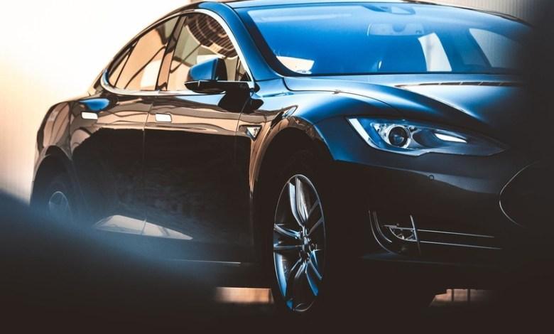el-coche-electrico-es-una-revolucion-con-cierta-nostalgia:-ha-heredado-elementos-de-los-coches-de-combustion-que-no-necesita-para-funcionar