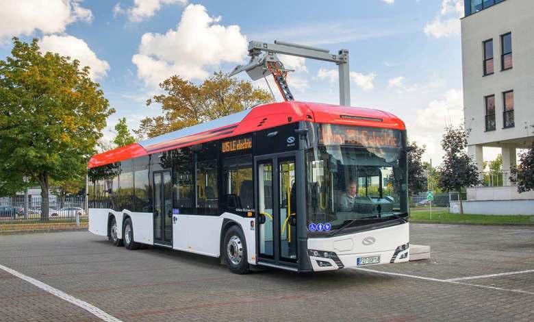 se-presentan-las-primeras-unidades-del-autobus-electrico-de-15-metros-solaris-urbino-15-le