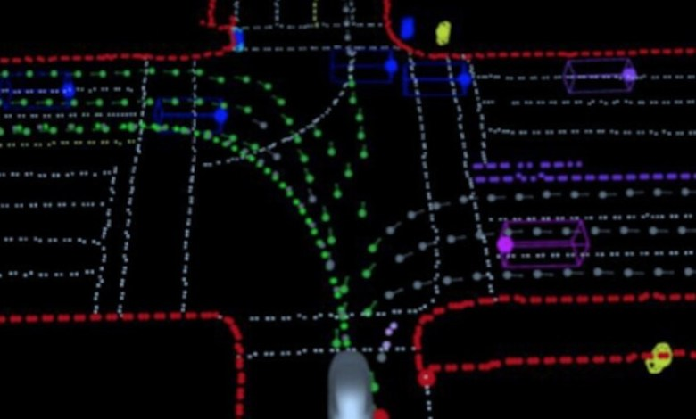 tesla-activa-el-'full-self-driving'-para-unos-pocos-usuarios:-esto-es-lo-que-han-mostrado-de-la-version-mas-avanzada-de-autopilot
