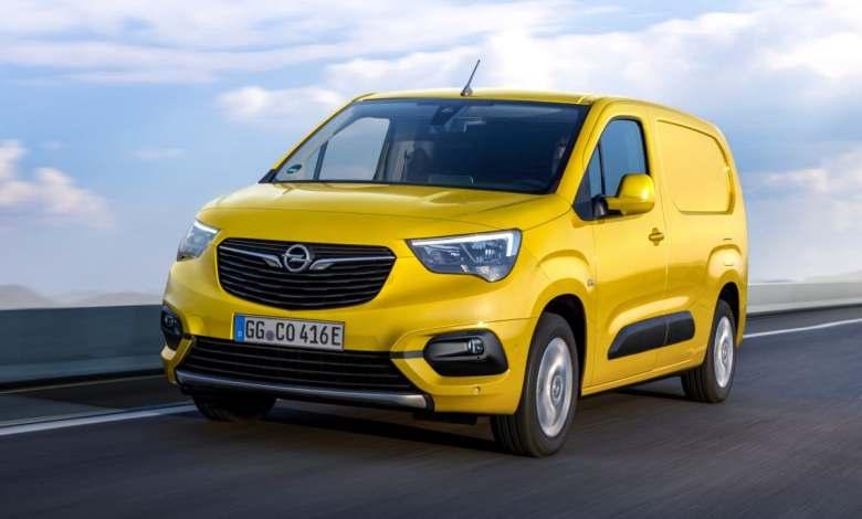 opel-combo-e-cargo:-la-ultima-furgoneta-electrica-de-opel-pensada-para-profesionales
