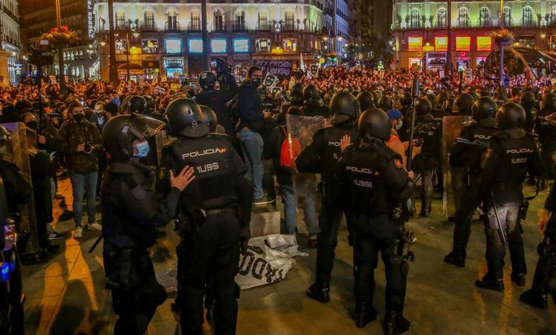 libertad-para-13-de-los-19-detenidos-por-los-altercados-en-las-manifestaciones-por-hasel-en-madrid