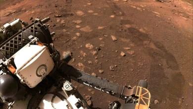 perseverance-se-pone-manos-a-la-obra:-realiza-su-primera-exploracion-en-marte-en-busca-de-restos-de-vida-marciana
