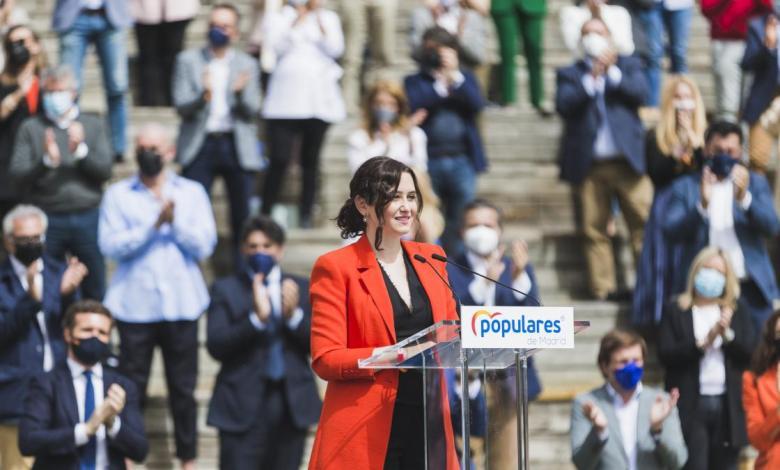 """ayuso-presenta-su-lista-electoral-para-el-4-m-llena-de-""""ilusion""""-y-con-un-""""talisman"""""""