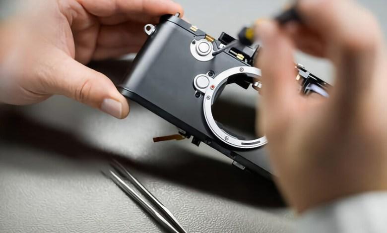 asi-es-una-camara-por-dentro:-obturador,-pentaprisma-de-espejos-y-una-compleja-composicion-para-procesar-la-luz