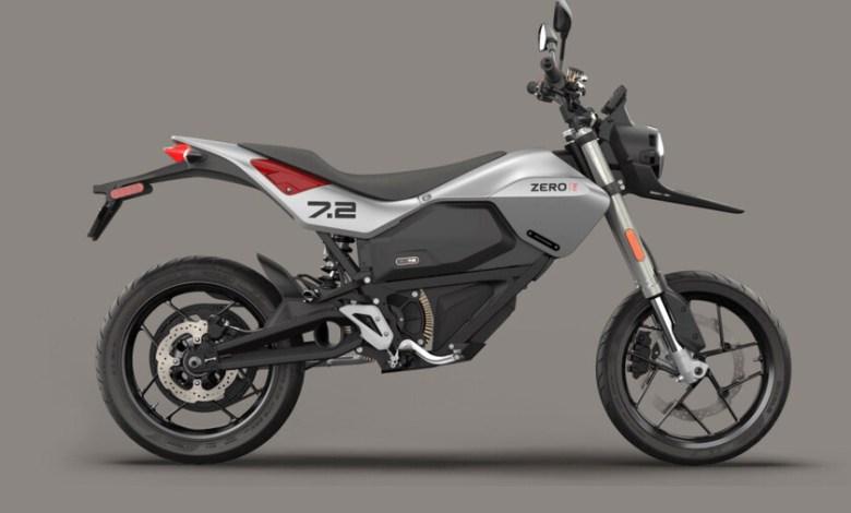 la-zero-fxe-se-pasa-al-estilo-supermotard:-la-nueva-moto-electrica-del-fabricante-estrena-estetica-y-se-vendera-en-espana