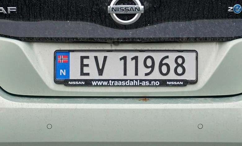 problemas-en-el-paraiso:-criticas-en-noruega-por-la-politica-de-coches-electricos