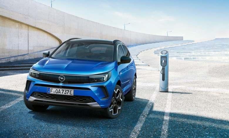el-nuevo-opel-grandland-hybrid-ya-tiene-precios-para-el-mercado-espanol
