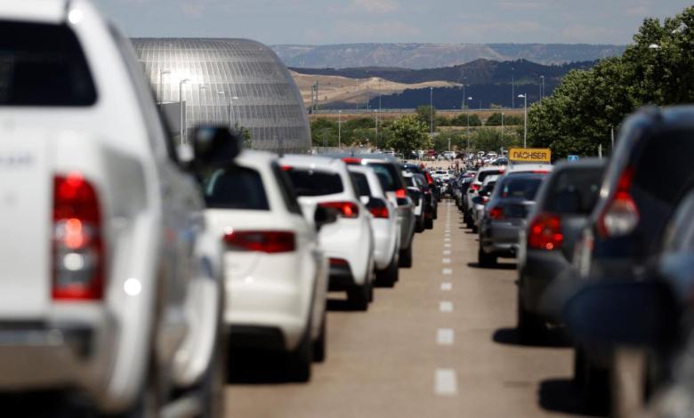 trafico-intenso-en-la-costa-y-en-las-salidas-de-madrid-en-el-inicio-del-puente