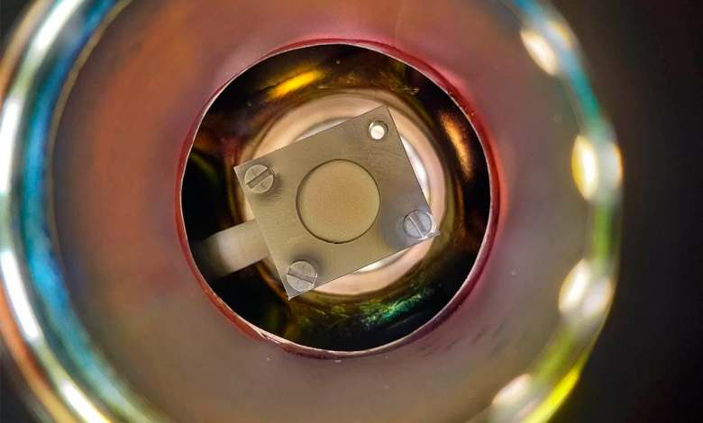 un-nuevo-electrolito-logra-estabilizar-las-baterias-de-metal-de-litio-duplicando-su-densidad-energetica