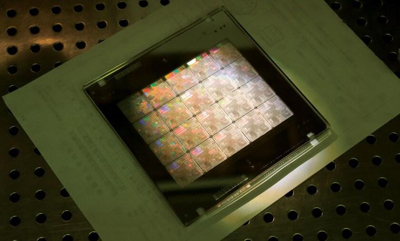la-crisis-de-los-semiconductores-no-es-solo-de-los-semiconductores;-tambien-es-de-los-sustratos:-que-son-y-por-que-sin-ellos-no-tendriamos-chips