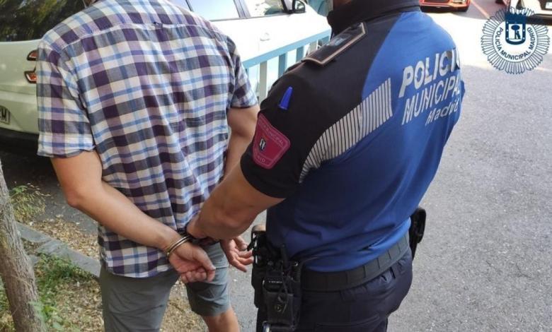 detenidos-dos-menores-por-llevar-hachis-y-otro-por-esconder-un-machete-entre-los-pantalones-en-ciudad-lineal