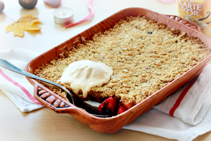 apple-and-mixed-berry-crumble