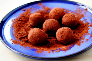cookie crumb chocolate truffles