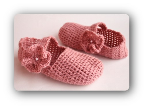 crochet-mary-jane-slippers